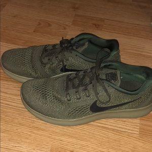 Olive green & Camo Nike Free Run